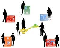 Les gens et les cartes d'opérations bancaires Photos libres de droits