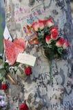 Les gens ont réuni sur le ` s Rambla de Barcelone après atack de terroriste images stock