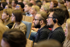Les gens participent à la conférence d'affaires Photos libres de droits