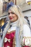 Les gens posant dans le costume de luxe à Venise, Italie 2015 Photo libre de droits