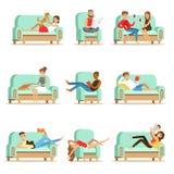 Les gens reposant à la maison la détente sur le temps gratuit et le repos Seris de Sofa Or Armchair Having Lazy d'illustrations illustration stock