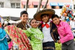 Les gens sur Dia de los Muertos au Mexique Image libre de droits