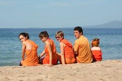 Les gens sur la plage photos libres de droits
