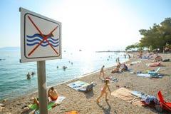 Les gens sur la plage Image stock