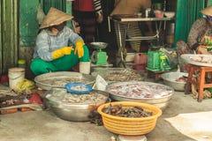 Les gens sur la rue du pays asiatique - le Vietnam et le Cambodge Photos libres de droits