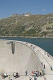 Les gens sur le barrage du Maltatal Photos libres de droits