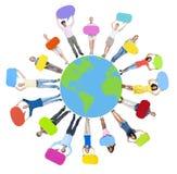 Les gens tenant les bulles et la terre colorées de la parole Images stock