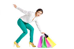 Les gens, vente, concept noir de vendredi - femme avec le panier Images stock