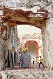 Les gens visitent à l'église de St Paul, Malacca Images libres de droits