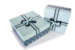 Les giftboxes d'isolement sur le fond blanc Image stock