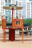 Les glissières et les terrains de jeu des enfants Parc de terrain de jeu Photo stock