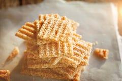 Les graines de sésame blanches glacées coupées Photos stock