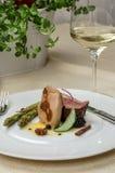 Les gras de Foie avec le canard et la passiflore comestible de passiflore sauce Image stock
