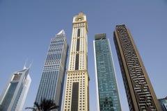 Les gratte-ciel modernes, cheik zayed la route, Dubaï, Emirats Arabes Unis Photographie stock libre de droits