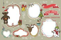 Les griffonnages de Noël ont placé Labels, insignes avec des vacances Photos stock