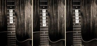 Les guitares acoustiques et le signe basculent, des bleus, jazz Photos libres de droits
