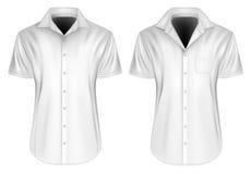 Les hommes court-circuitent les chemises gainées avec les colliers ouverts Photos stock