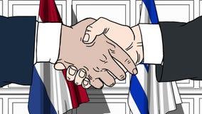 Les hommes d'affaires ou les politiciens se serrent la main contre des drapeaux des Pays-Bas et de l'Israël Réunion ou coopératio illustration stock