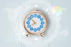 Les horloges avec le monde chronomètrent et financent le concept d'affaires Image libre de droits