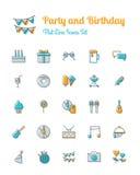 Les icônes de partie et d'anniversaire ont placé la ligne style plate Photographie stock libre de droits