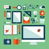Les icônes plates de concept d'illustration de conception ont placé de l'autobus Photographie stock libre de droits
