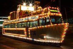 Les illuminations voyagent le tram à Blackpool, Lancashire, Angleterre, R-U photographie stock libre de droits