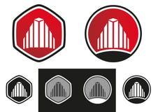 Les immeubles renferment le logo Photographie stock libre de droits