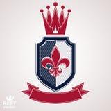 Les insignes impériaux, dirigent le bouclier royal avec la bande décorative et Photo libre de droits