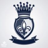 Les insignes impériaux, dirigent le bouclier royal avec la bande décorative et Photographie stock