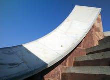 Les instruments astronomiques architecturaux en observatoire de Jantar Mantar ont accompli en 1734, Jaipur, Inde image libre de droits