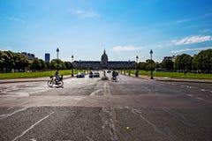 Les Invalides, Париж на солнечный день Стоковая Фотография RF