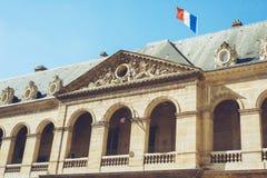 Les Invalides - den Paris Frankrike staden går loppforsen Royaltyfri Bild