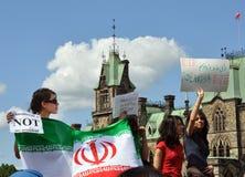 Les Iraniens au Canada protestent les résultats 2009 d'élection Photo stock
