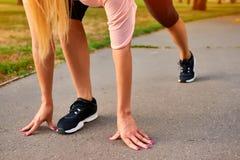 Les jambes d'une femme courante Image libre de droits