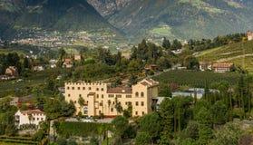 Les jardins botaniques du château de Trauttmansdorff, Merano, Italie photos stock