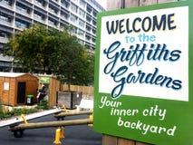 Les jardins de Griffiths comporte un réfrigérateur de la communauté à Auckland Photographie stock libre de droits