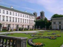 Les jardins de Mirabell et le Schloss Mirabell au centre de Salzbourg en Autriche Photos libres de droits