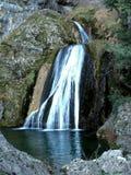 Les jets de la rivière du monde en sierra De Alcaraz Images libres de droits