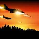 Les jets de militaires ont mis le feu à des missiles Photo stock