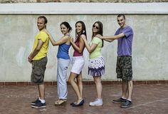 Les jeunes ayant l'amusement Photo libre de droits