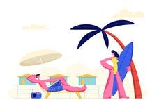 Les jeunes couplent des vacances de dépense sur la plage Femme allant au bord de la mer avec le panneau de ressac, homme détendan illustration libre de droits