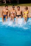 Les jeunes des vacances d'été Image stock