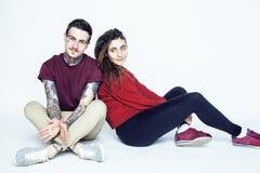 Les jeunes jolis couples ensemble, concept de personnes de mode de vie, boyfrien Photo stock