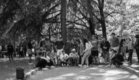 Les jeunes ou étudiants à un événement de renforcement d'équipe Photo libre de droits