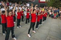 Les jeunes participent à la concurrence de danse Photos stock