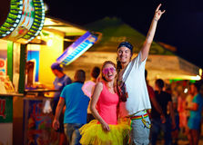 Les jeunes sur le festival de musique. culture de la jeunesse Images stock