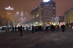 Les 14 jours des protestations contre le gouvernement en Roumanie Images stock