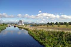 Les Kelpies et en avant et Clyde Canal photographie stock