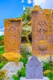 Les khachkars colorés Images stock