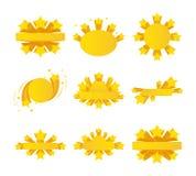 Les labels avec l'éclat d'étoile, rubans se tient le premier rôle autour illustration de vecteur
